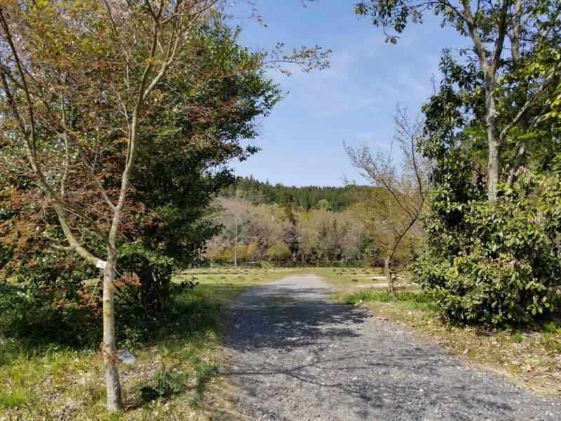 三日月の滝温泉キャンプ場(Aサイト入口)