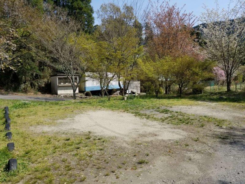 三日月の滝温泉キャンプ場(Aサイト9番)