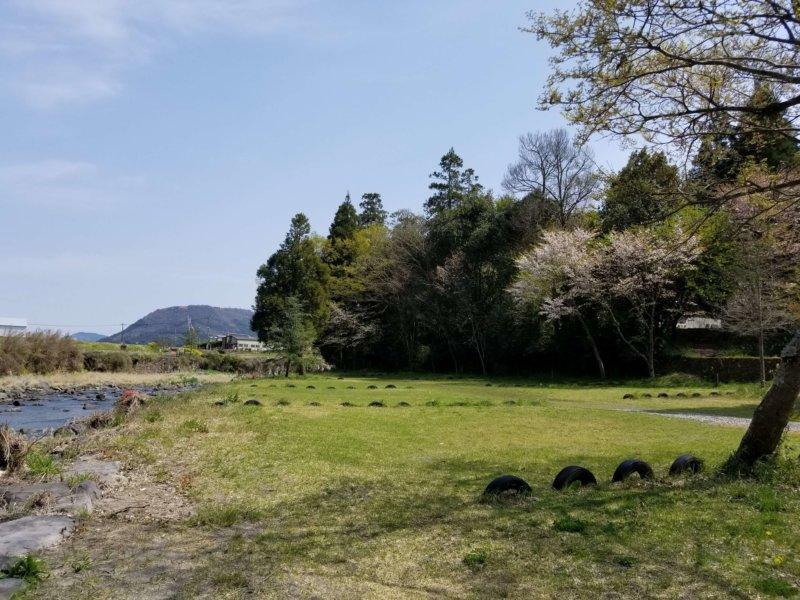 三日月の滝温泉キャンプ場(Bサイト全体)
