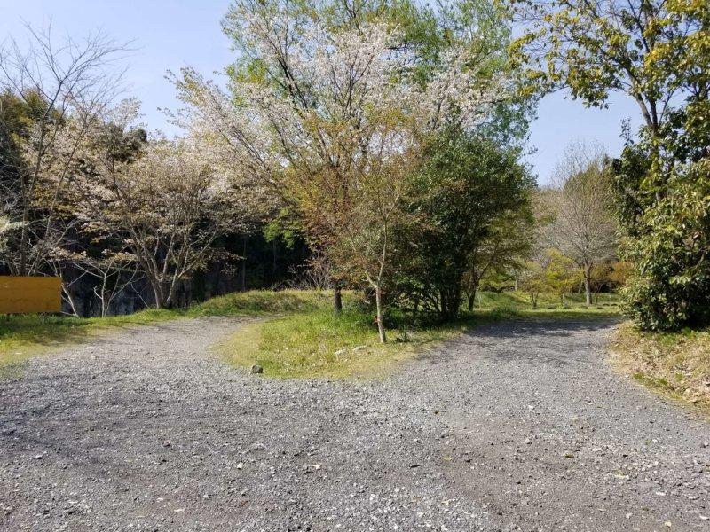 三日月の滝温泉キャンプ場(Bサイト入口)