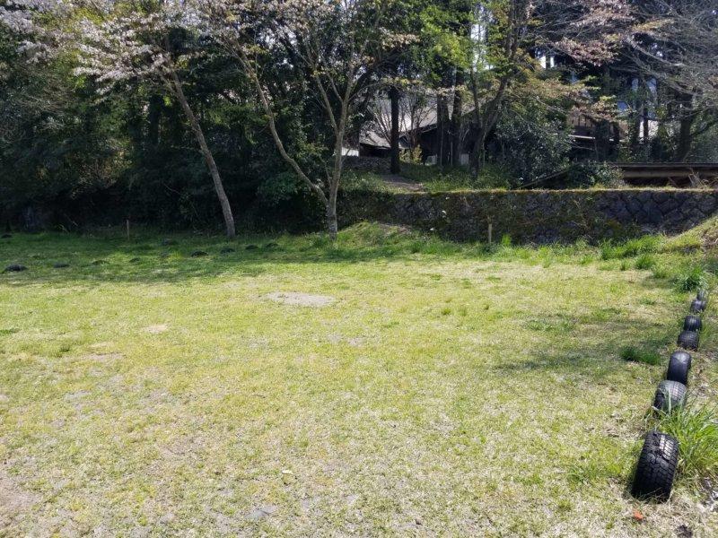 三日月の滝温泉キャンプ場(Bサイト4番)