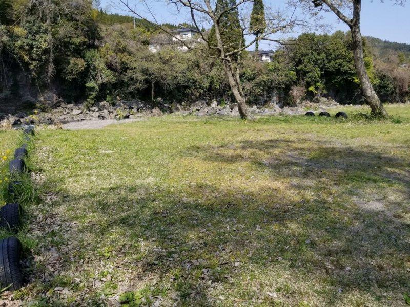 三日月の滝温泉キャンプ場(Bサイト9番)