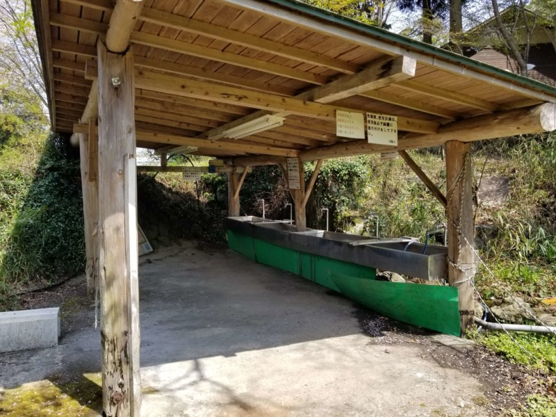 三日月の滝温泉キャンプ場(Bサイト側の炊事場)