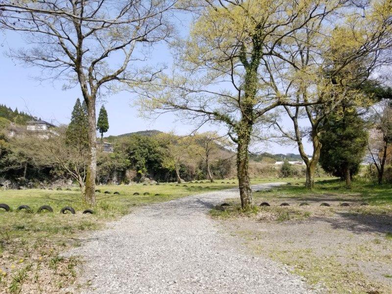 三日月の滝温泉キャンプ場(Bサイト景色)