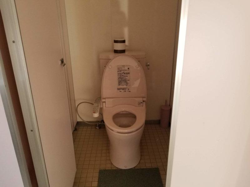 三日月の滝温泉キャンプ場(洋式トイレ)