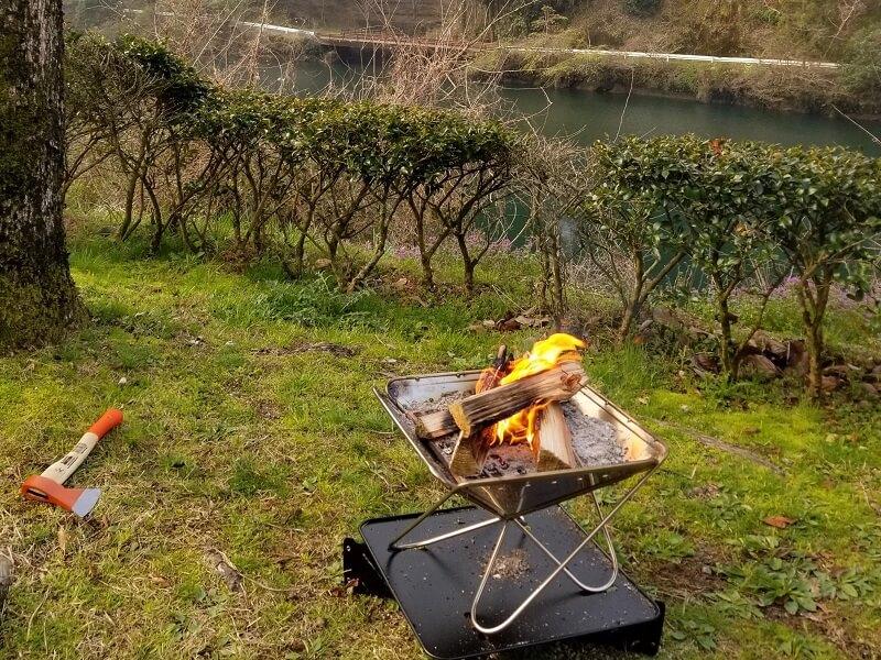 グリーンパル日向神峡 オートサイトで朝焚き火