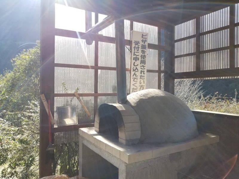 グリーンパル日向神峡 ピザ窯