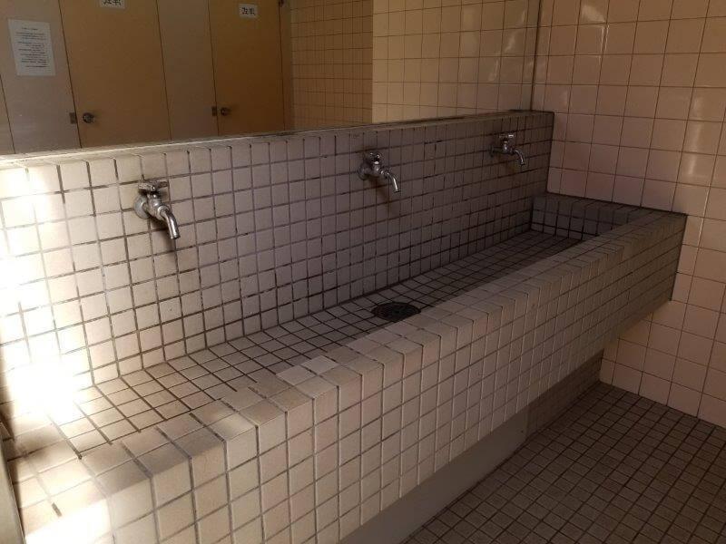 グリーンパル日向神峡 トイレの手洗い場