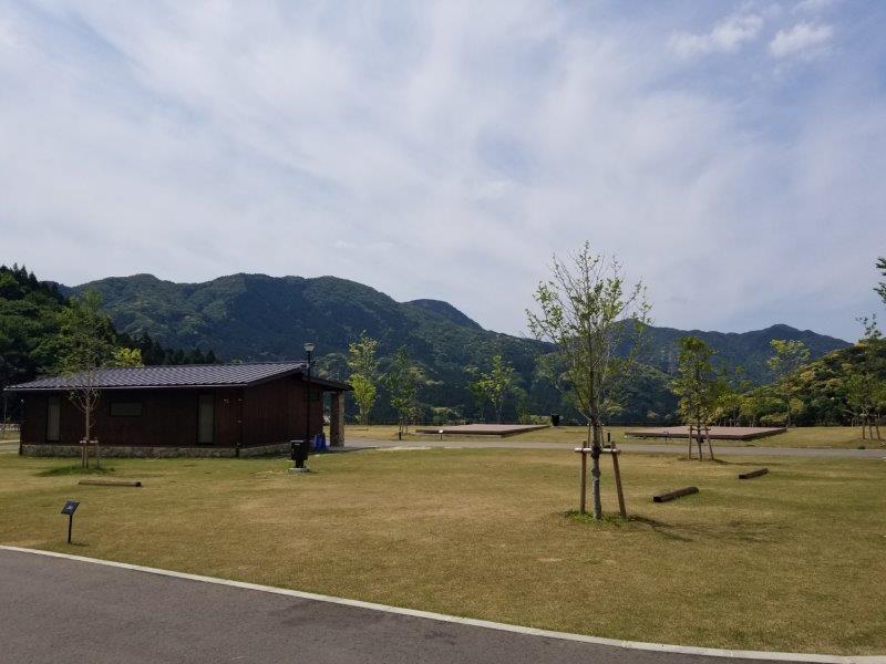 モンベル五ケ山ベースキャンプ Bサイト-B10からB13