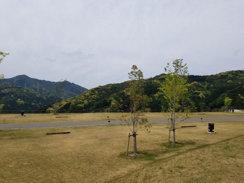 モンベル五ケ山ベースキャンプ Bサイト