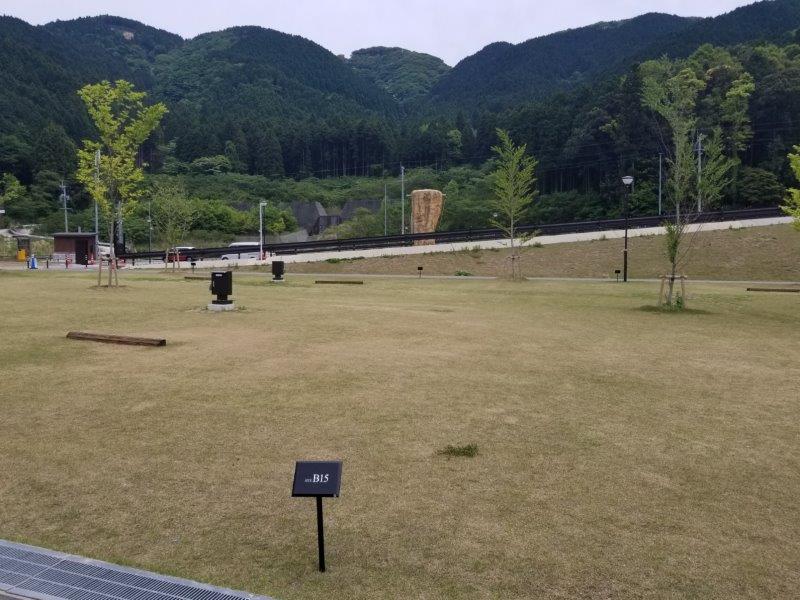 モンベル五ケ山ベースキャンプ Bサイト-B15