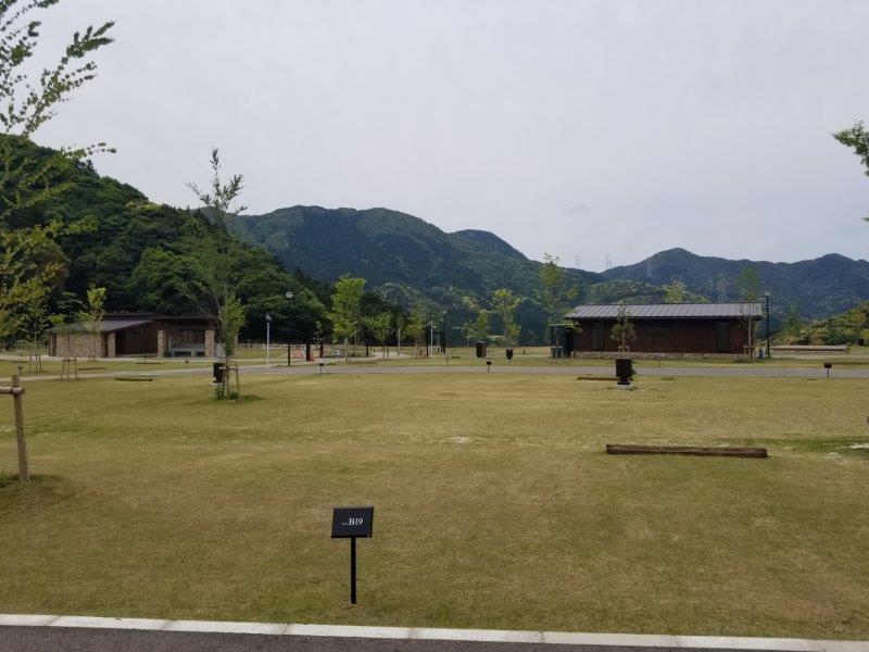 モンベル五ケ山ベースキャンプ Bサイト-B19