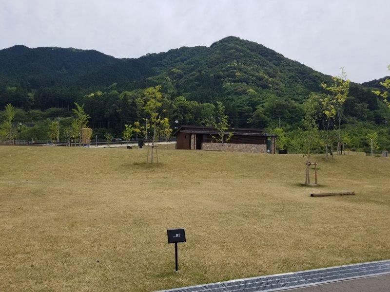モンベル五ケ山ベースキャンプ Bサイト-B7