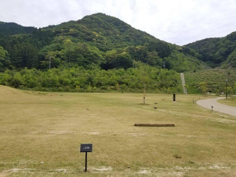 モンベル五ケ山ベースキャンプのCサイト-C16