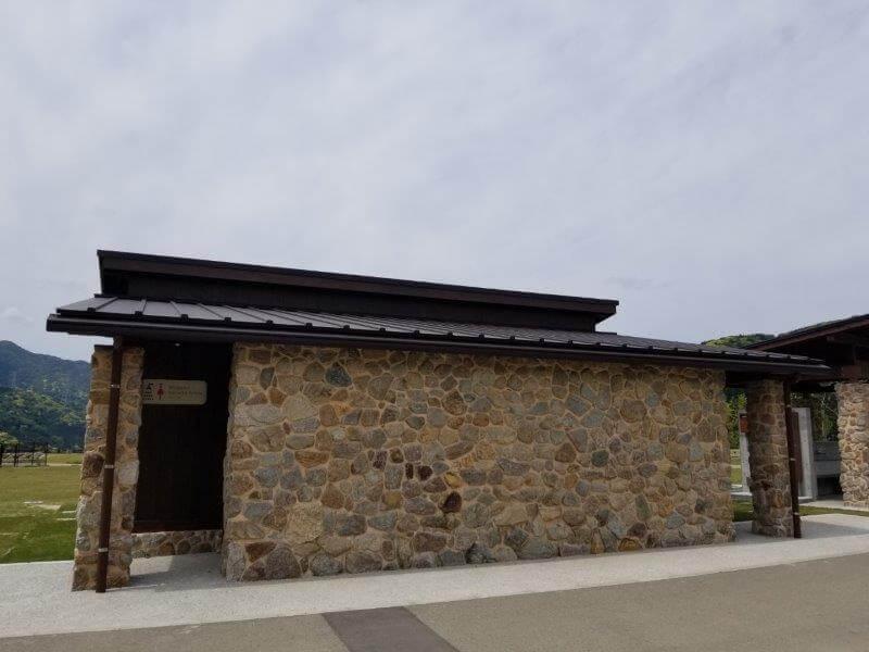 モンベル 五ケ山ベースキャンプ シャワー棟