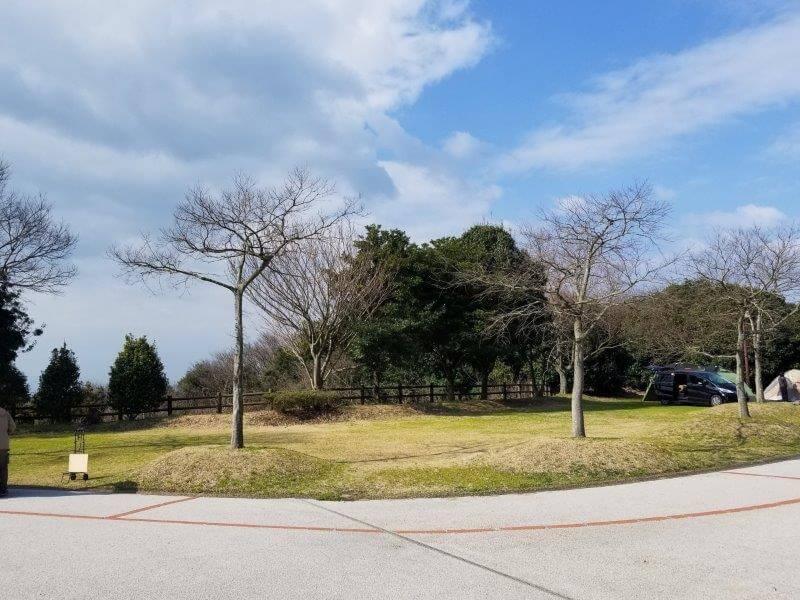 竜王山公園オートキャンプ場 広場サイト 33番