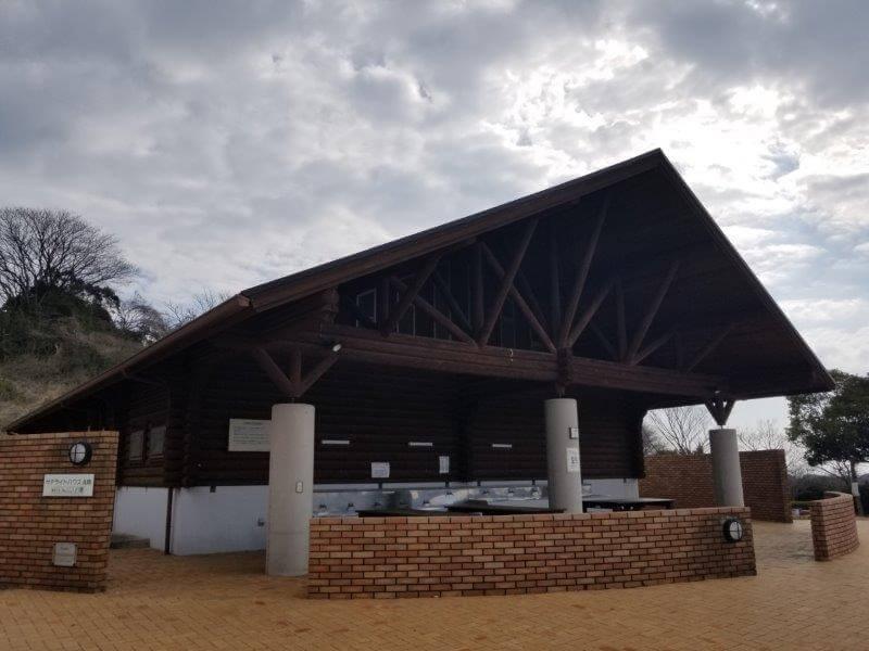 竜王山公園オートキャンプ場のサテライトハウス内炊事場