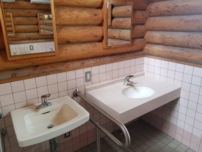 竜王山公園オートキャンプ場の洗面台