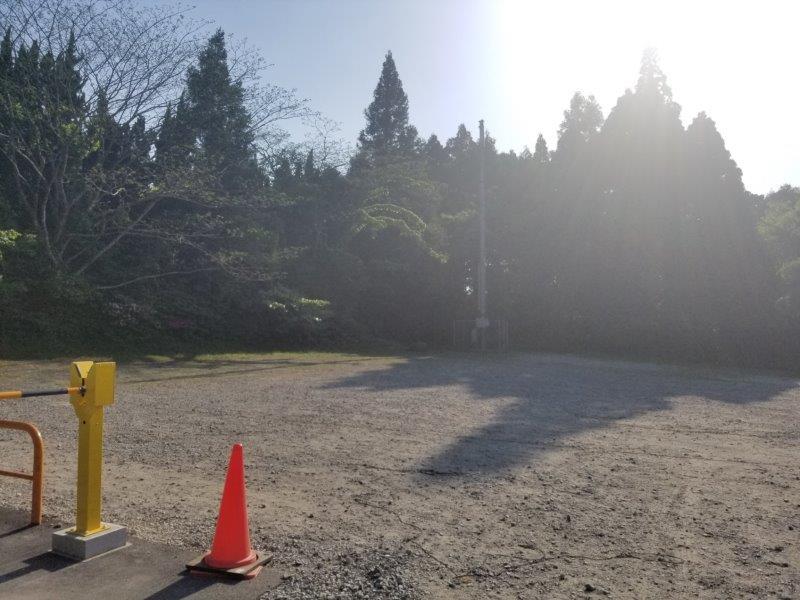 若杉楽園キャンプ場の駐車場