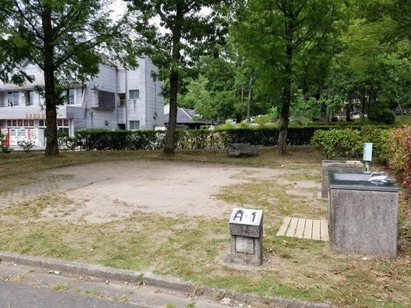 秋吉台オートキャンプ場AサイトのA1