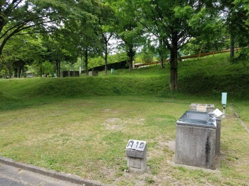 秋吉台オートキャンプ場AサイトのA19
