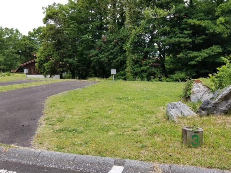 秋吉台家族旅行村のオートサイト3番