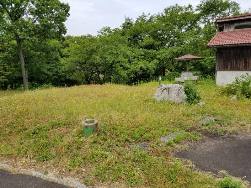 秋吉台家族旅行村のオートサイト47番