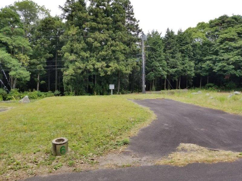 秋吉台家族旅行村のオートサイト6番