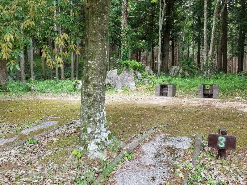 秋吉台家族旅行村の区画一般サイト3番