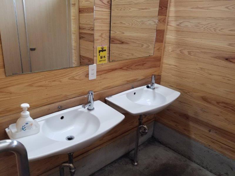 ボイボイキャンプ場 トイレの手洗い場