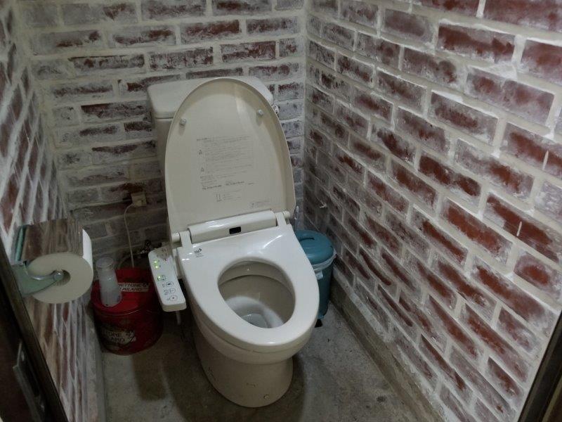ゴンドーシャロレーのキレイなトイレ