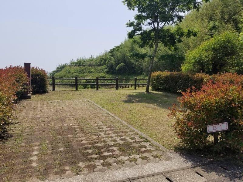 糸ヶ浜海浜公園オートサイトB1