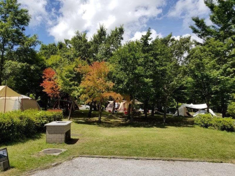 くじゅうやまなみキャンプ村オートサイト27番サイト
