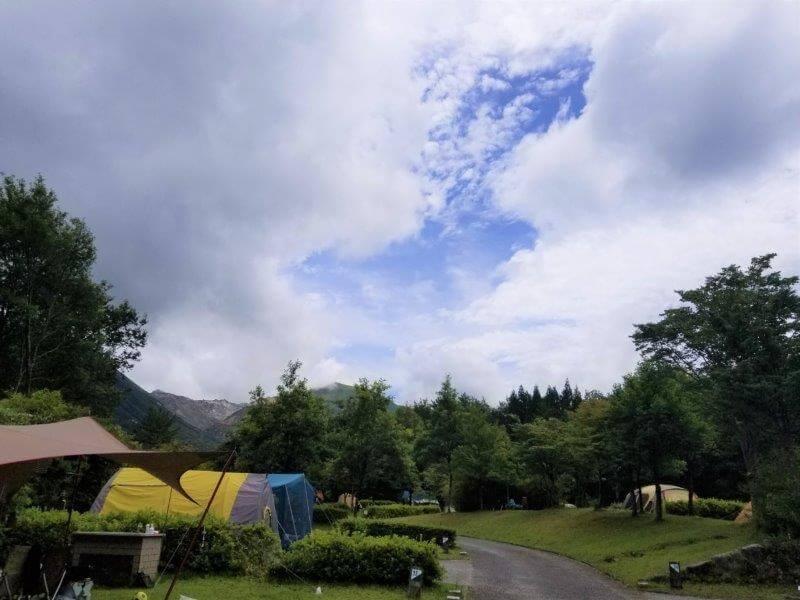 くじゅうやまなみキャンプ村オートサイト