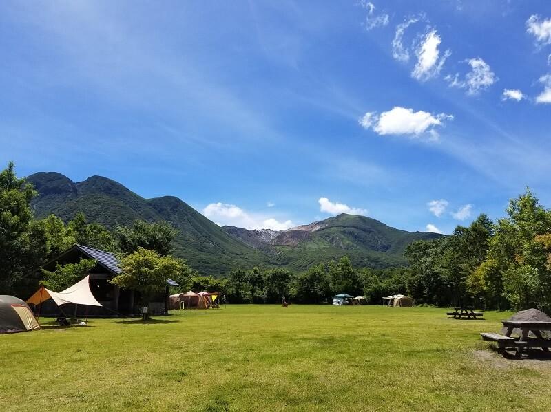 くじゅうやまなみキャンプ村フリーサイトからの景色