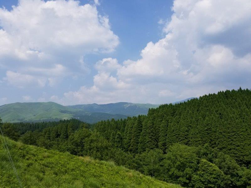 蔵迫温泉さくらキャンプ場くじゅう側K10サイトからの景色