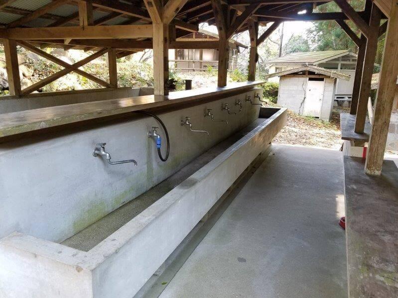 バルンバルンの森 炊事棟の流し台