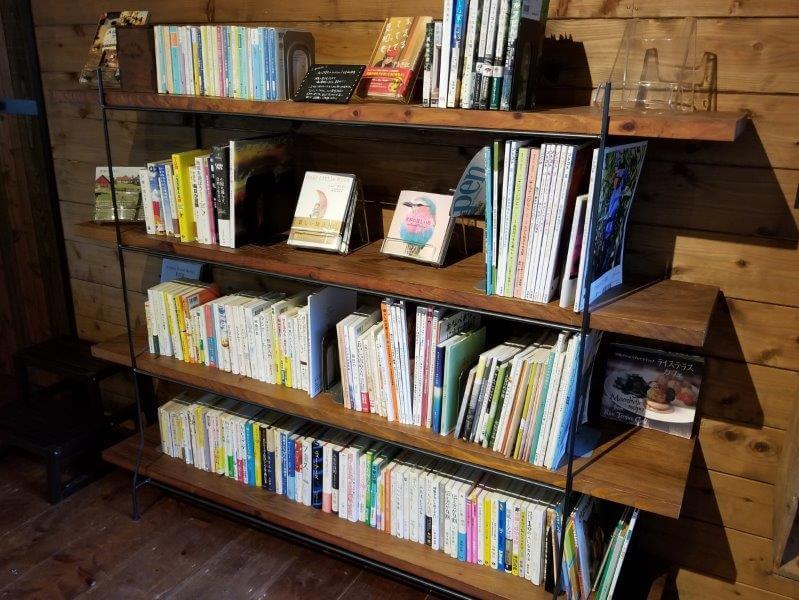 バルンバルンの森 森の読書室 ヨルネムの巣