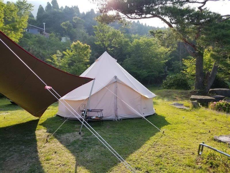 ゴンドーシャロレー日記:朝のテント