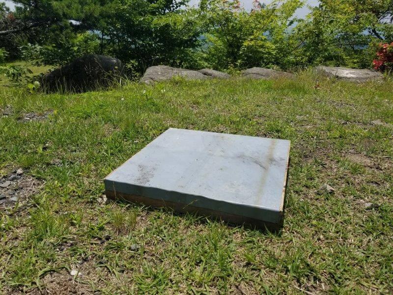 ゴンドーシャロレーで焚き火をする時は保護板を使う