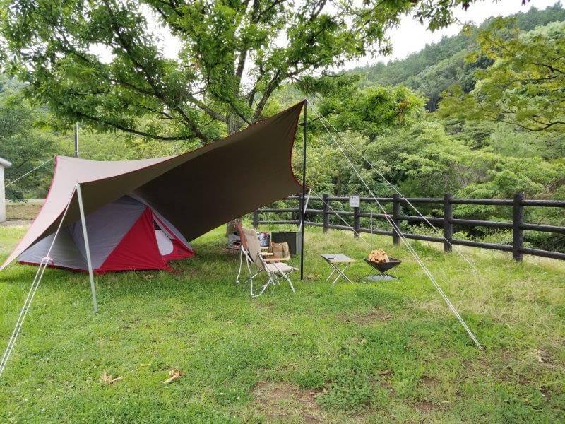 伊佐ノ浦公園でテント設営
