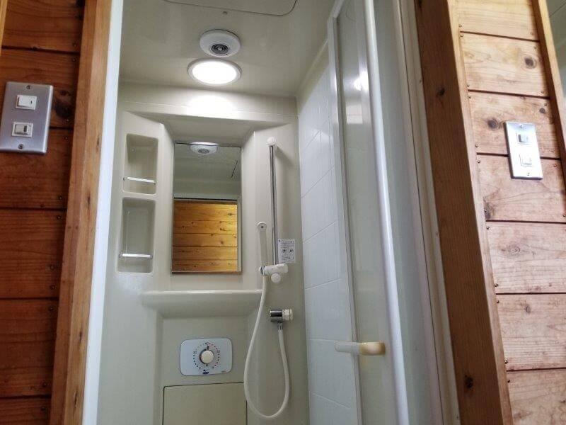 伊佐ノ浦公園 シャワールーム