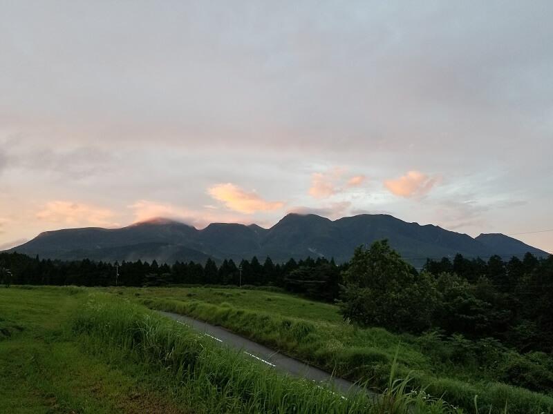 久住高原オートビレッジから見るくじゅう連山