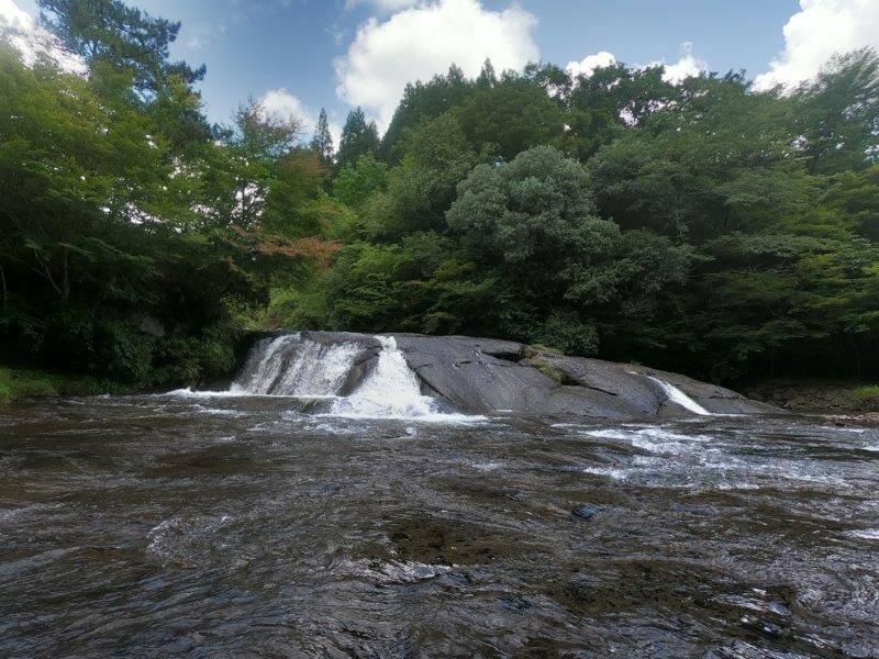 久住高原オートビレッジ:キャンプ日記 遊水峡 出会いの滝