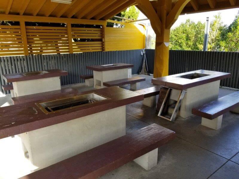 大池オートキャンプ場 BBQハウスのBBQ台