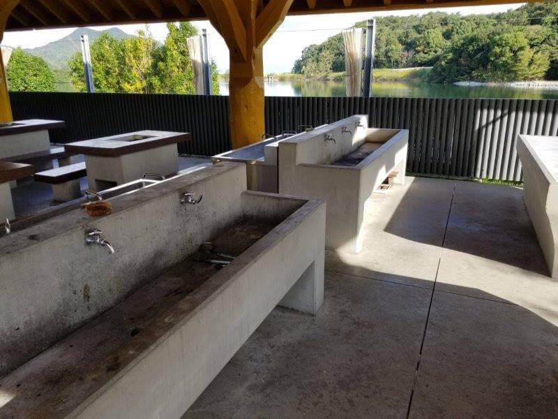 大池オートキャンプ場 BBQハウスの流し台