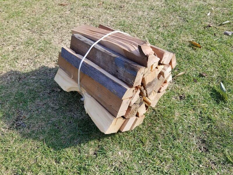 大池オートキャンプ場で販売されている薪