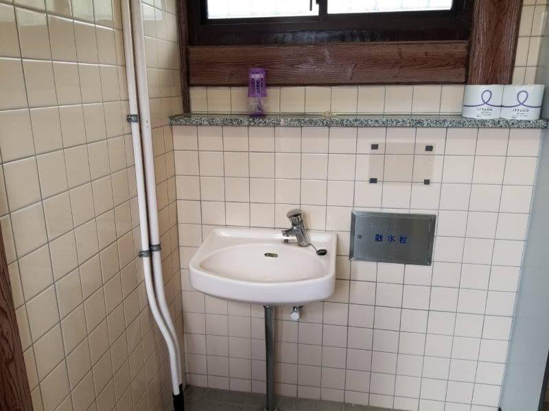 平尾台自然の郷キャンプ場 トイレの手洗い場