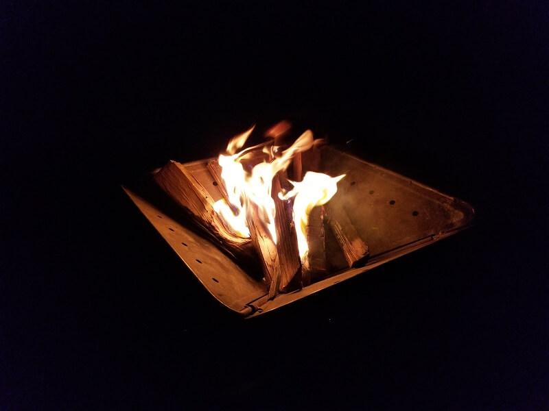 うどん県と淡路島 3泊4日のキャンプ旅行記(焚火を楽しむ)
