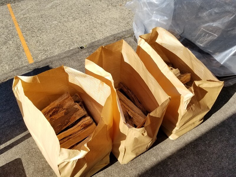 薪ストーブショップ「いのり薪」で薪を50キロ購入